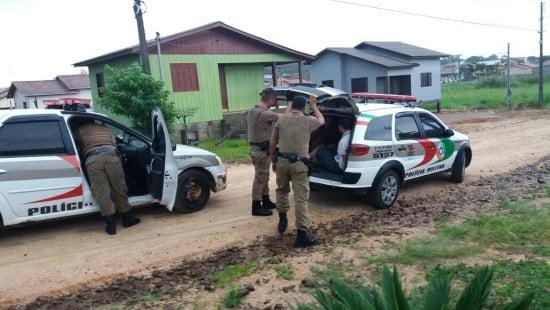 094bed62e7a8d Polícia Militar busca ladrões em Forquilhinha - DN Sul   Portal de ...