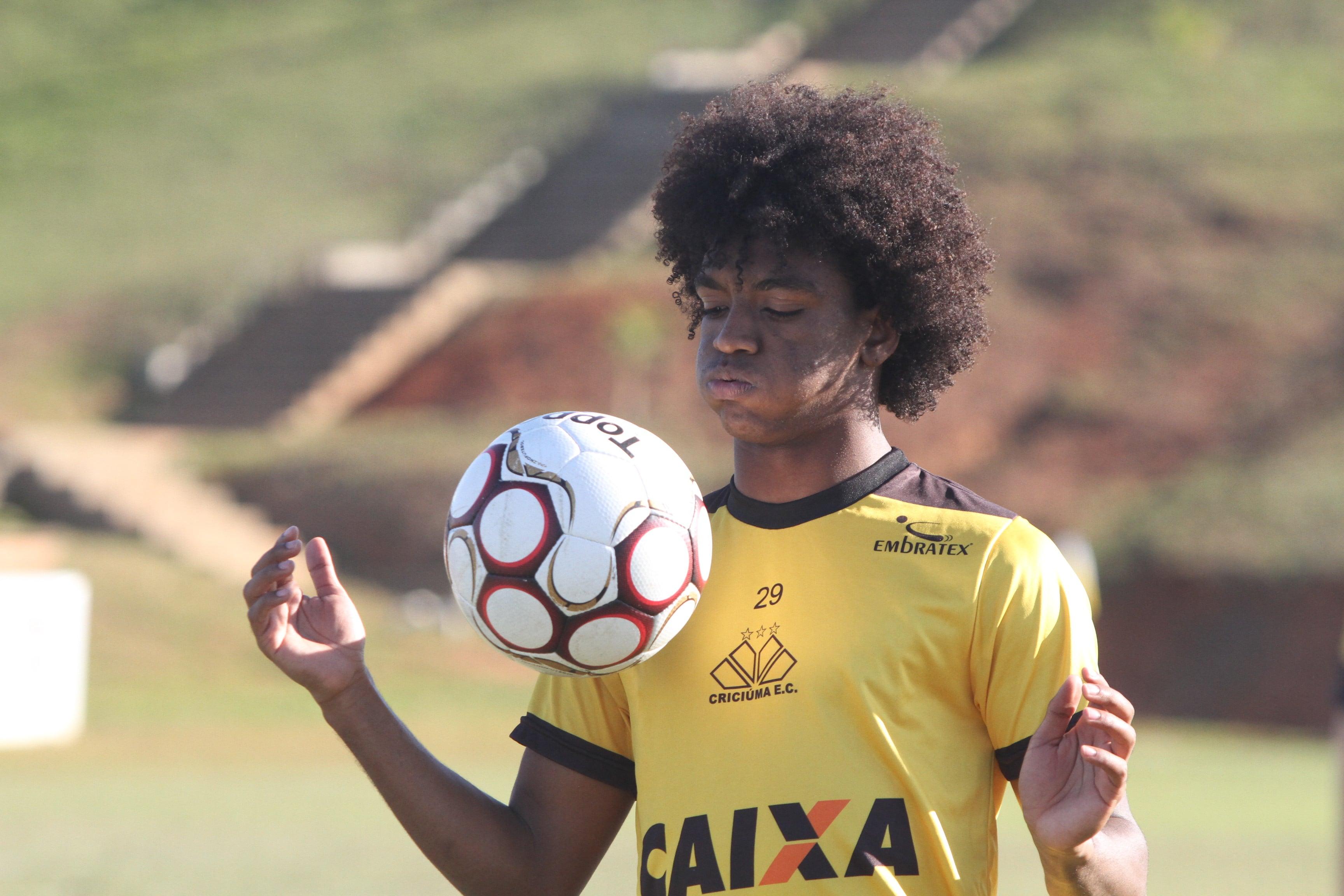 Cruzeiro confirma contratação de Caio Rangel — Mercado da Bola