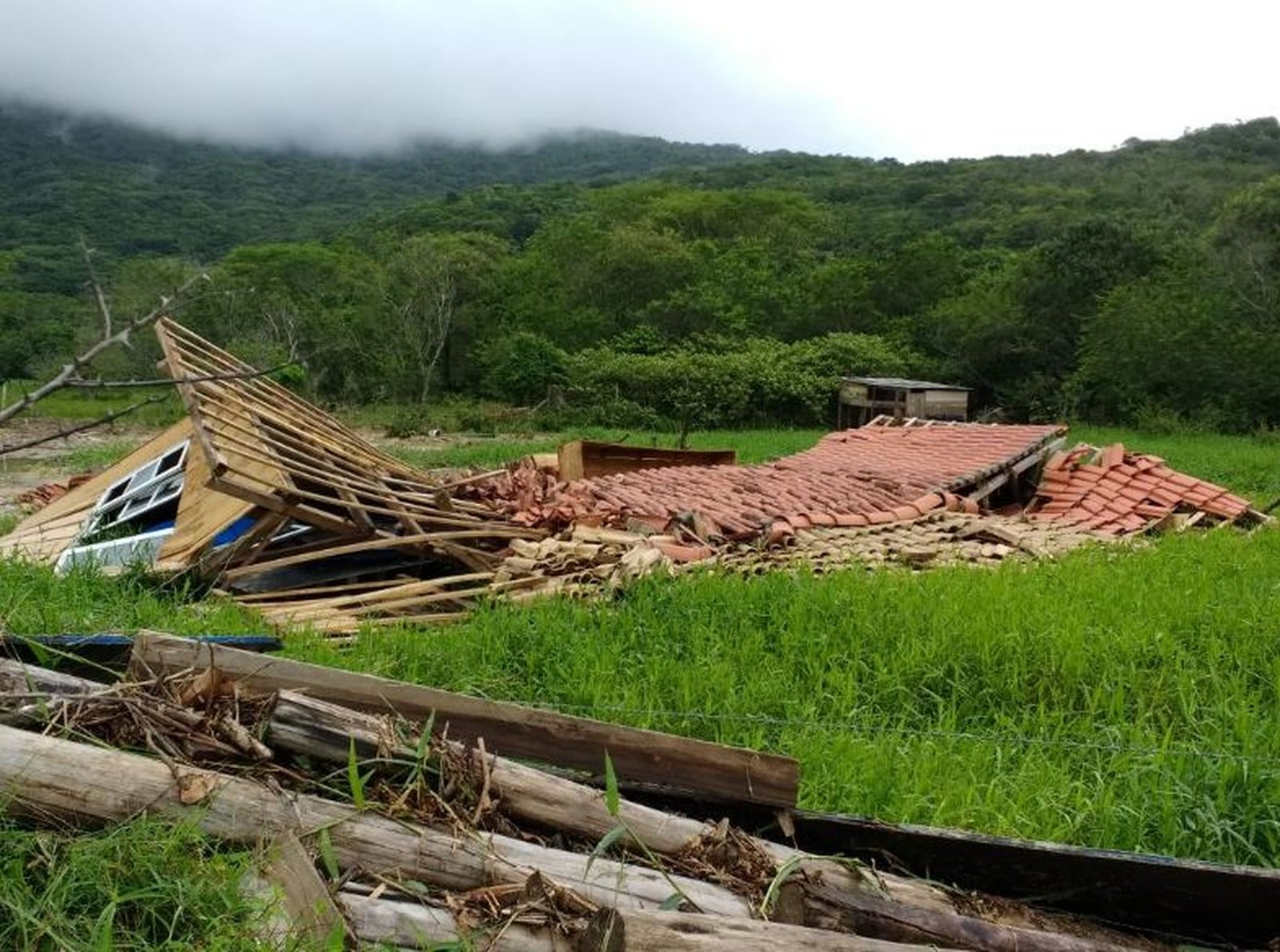 Defesa Civil estadual emite alerta de chuva intensa para a região