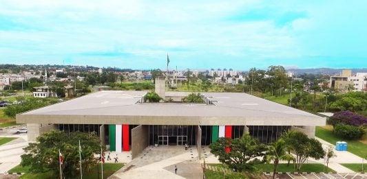[Decreto suspende gratificações por cursos para servidores municipais de Criciúma]