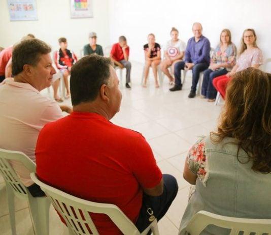 [Içara: Semana de combate ao Alcoolismo começa com conversa para adolescentes]