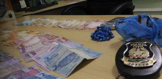 [Cocal do Sul: Operação prende casal por tráfico de drogas]